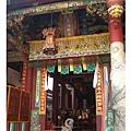 這裡有台南最早的石刻龍柱
