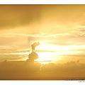 1400x1050_關山日落‧兔子雲