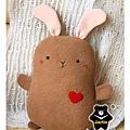 20110112-小棕兔抱枕02.jpg