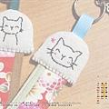 10月_2‧小貓花布帶Key圈吊飾