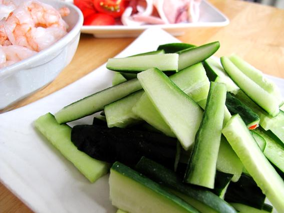泰式涼拌海鮮_小黃瓜.JPG