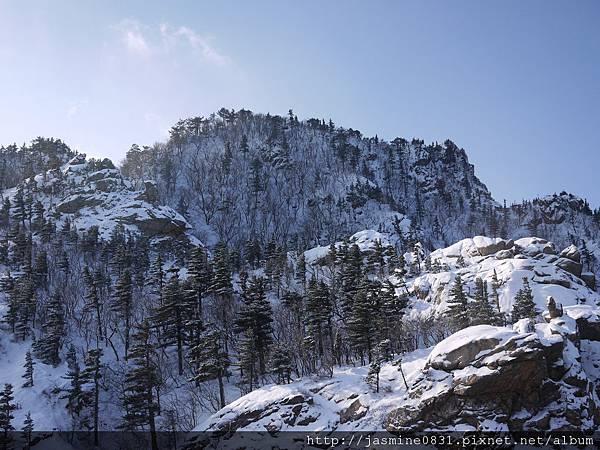 很美的雪嶽山呀