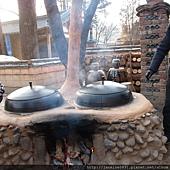 古時候用來取暖的大缸
