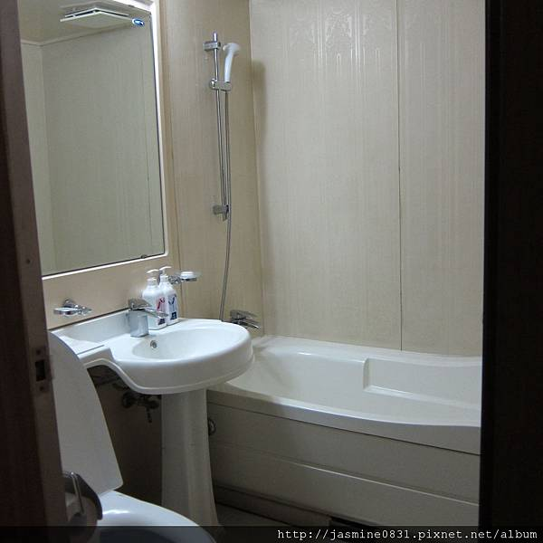 陽平 - 超小廁所