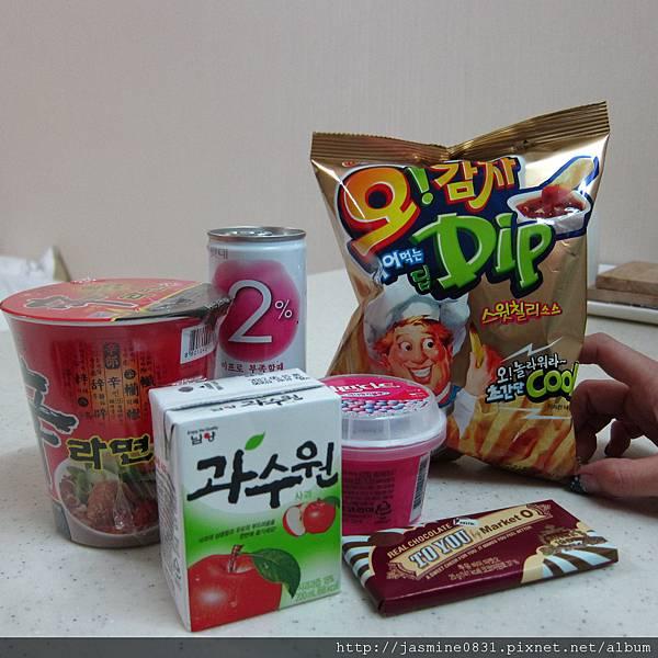 即將被吃掉的韓國零食們