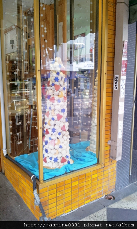 St. Kilda路邊的糖果店