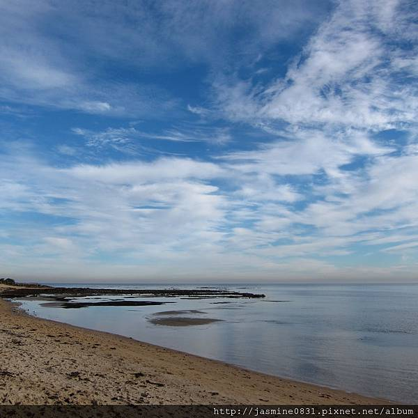 Brighton beach 藍天白雲
