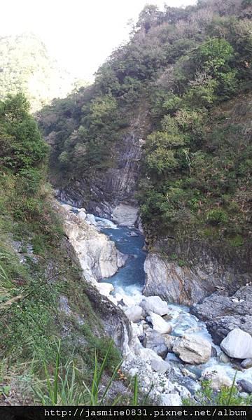 白楊步道峽谷