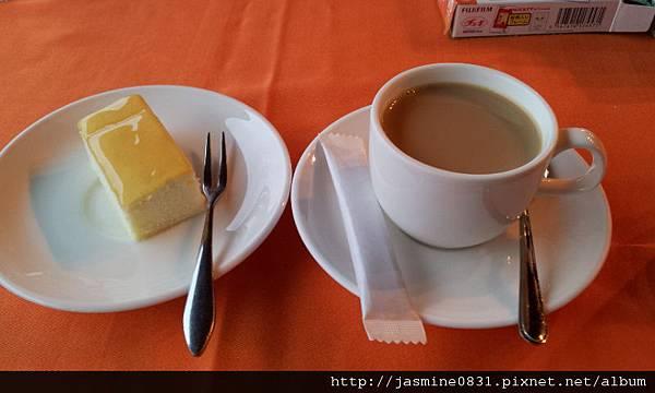 羊奶咖啡+羊奶蛋糕