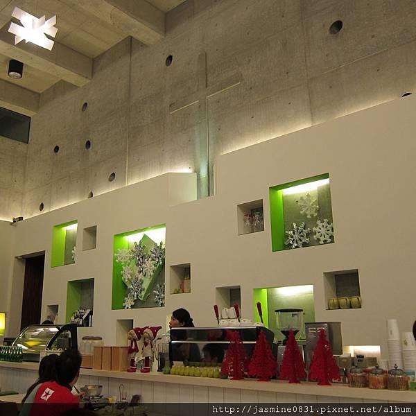 高挑舒服的室內空間 (3)