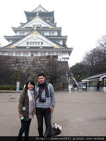 大阪城前來張合照