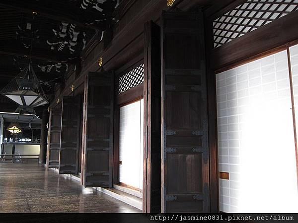 東本願寺 御影堂廊道 (3)