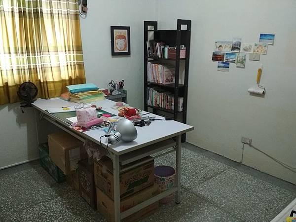 工作桌 (3).jpg