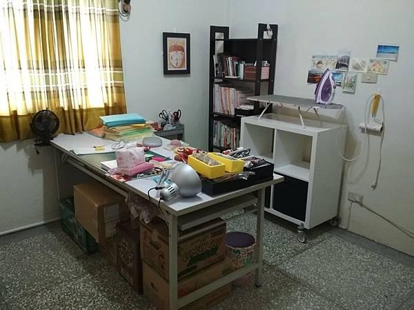 工作桌 (4).jpg