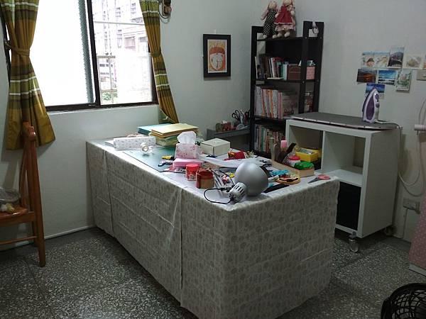 工作桌 (5).jpg