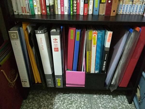 書櫃 (5).jpg