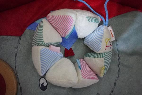 COMBI響紙沙包觸覺玩具