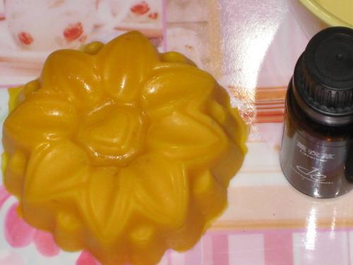 紅棕甜杏皂