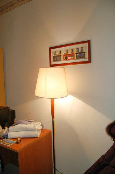 這是旅程中最讚的Hotel唷,一晚只要15euro.jpg