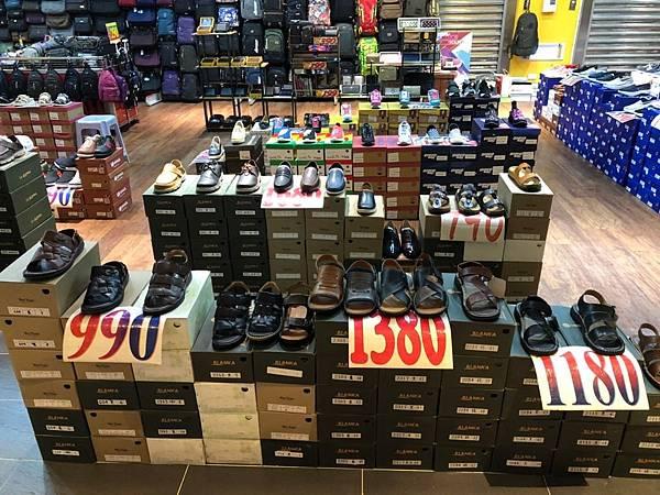 休閑鞋390元起,包包290元起_190227_0002.jpg