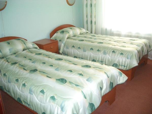 蘇茲達里的HTL雙人床