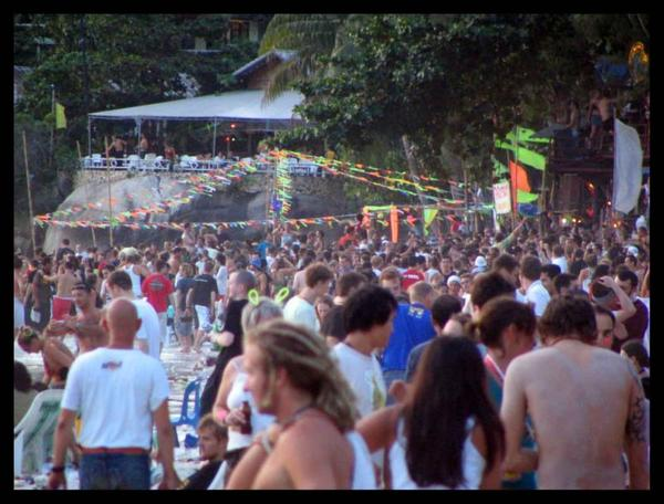 FullMoonParty11.jpg