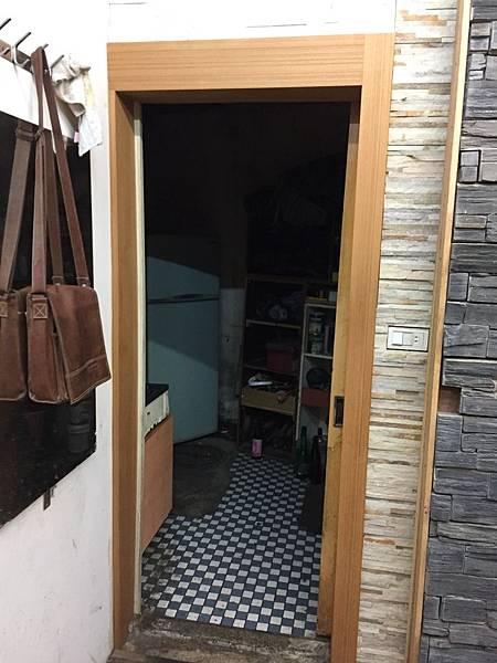 店面裝潢可以看到地常見的裝潢手法 (32).JPG