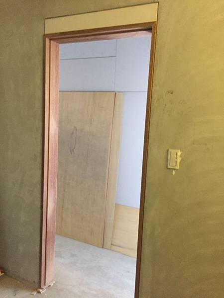 木作門片與門框 (5).JPG