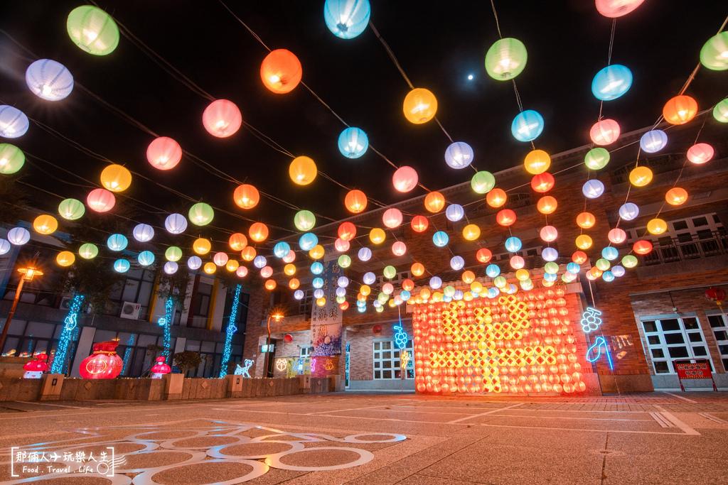 溪湖鎮公所花燈.jpg