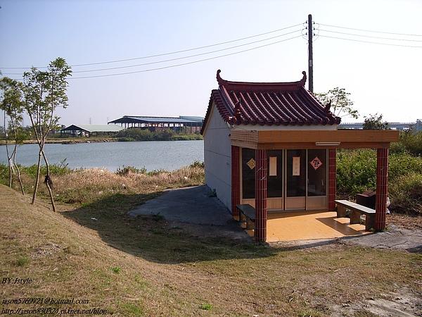 曼陀林湖02.JPG