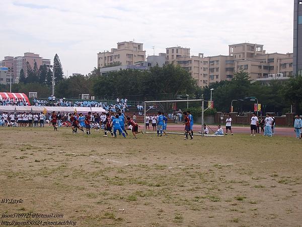 足球表演賽上半場03.JPG