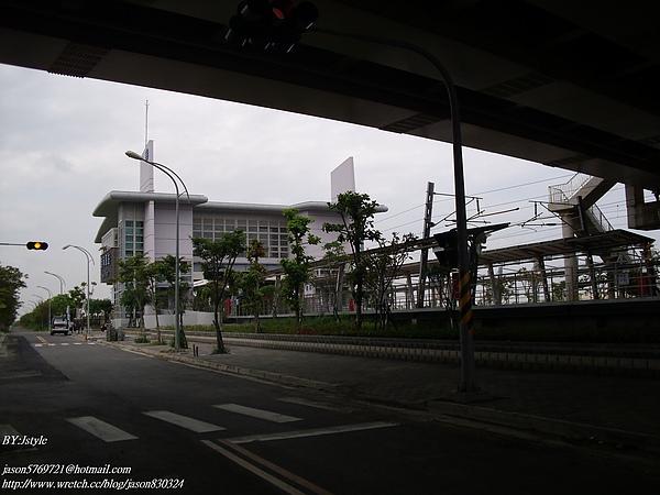 南科車站 (3).JPG