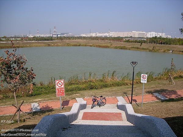 堤塘湖01.JPG
