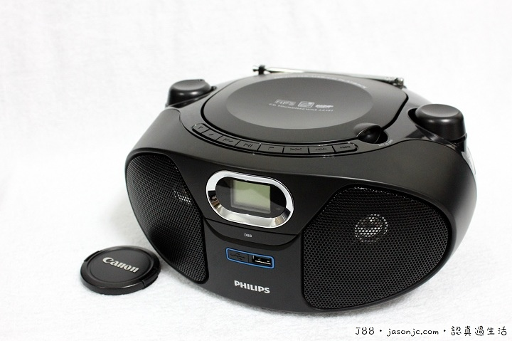 飛利浦Philips黑旋風USB手提音響AZ382開箱