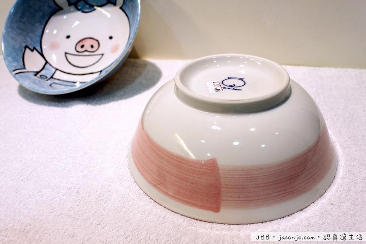 豬小弟和豬小妹碗公@金源成陶瓷展覽館 | 新北市鶯歌區
