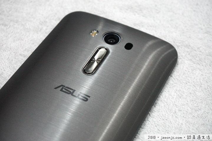 ASUS Zenfone 2 Laser(ZE550KL)開箱