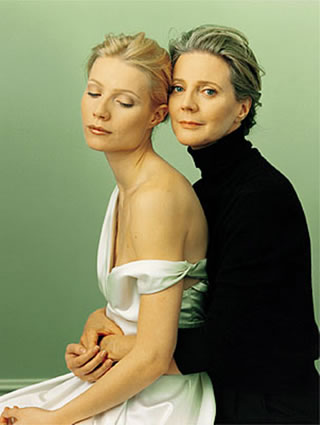 gwyneth_paltrow_and_mother_blythe_danner-320x425.jpg