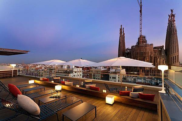 38-ayre-hotel-rosellon-terraza-hr934.jpg