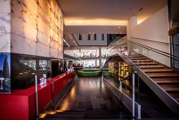 02-ayre-hotel-rosellon-lobby-hr861.jpg