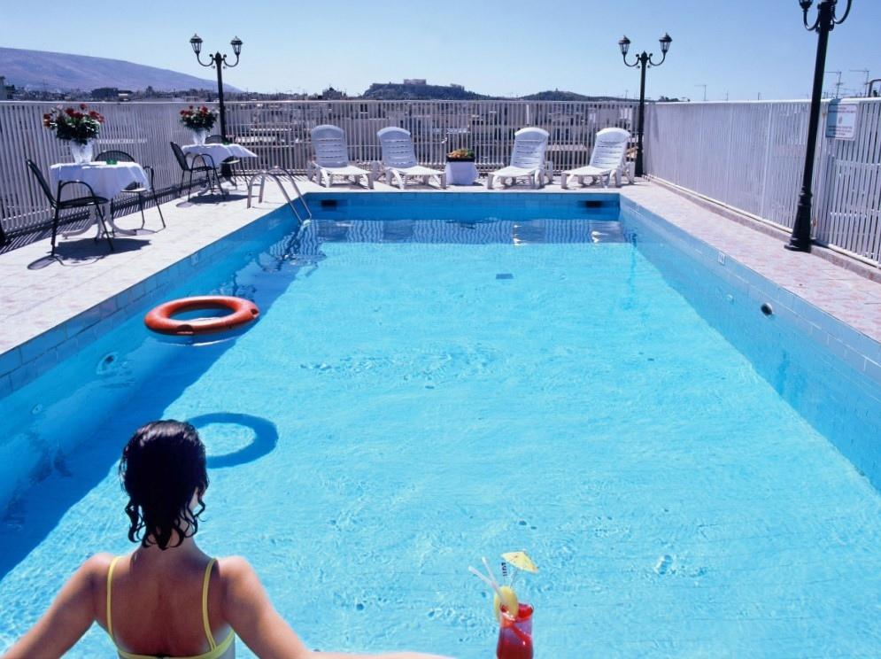 Swimmingpool-1024x767.jpg