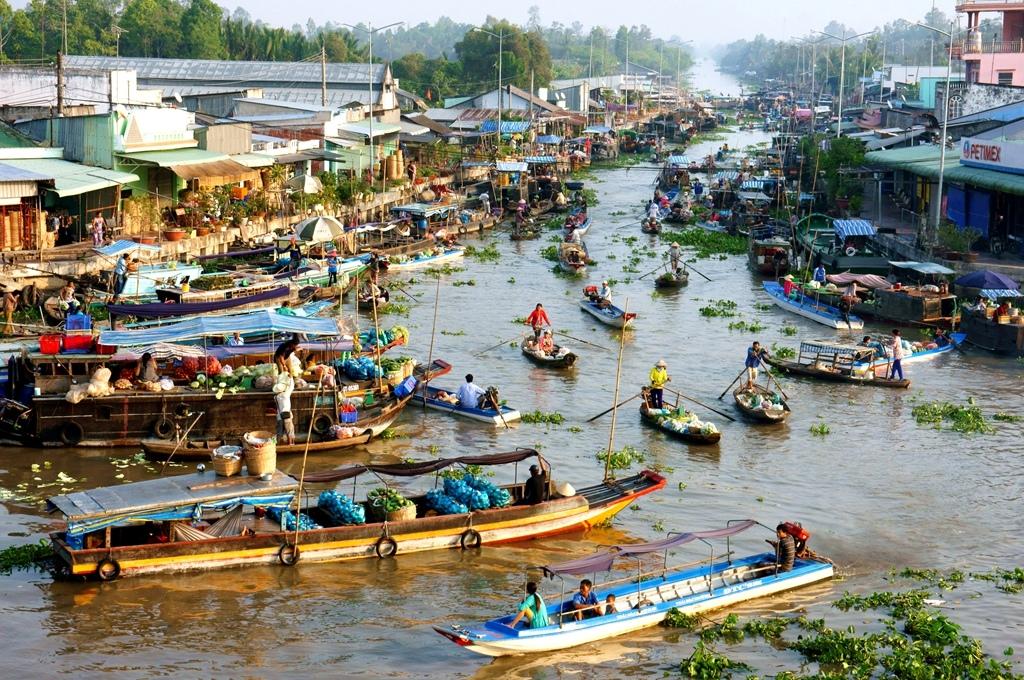湄公河三角洲水上市場.jpg
