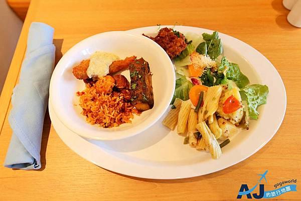 午餐2.JPG