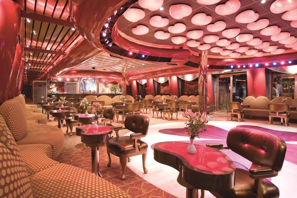 80 邱比特舞廳 5層甲板.jpg