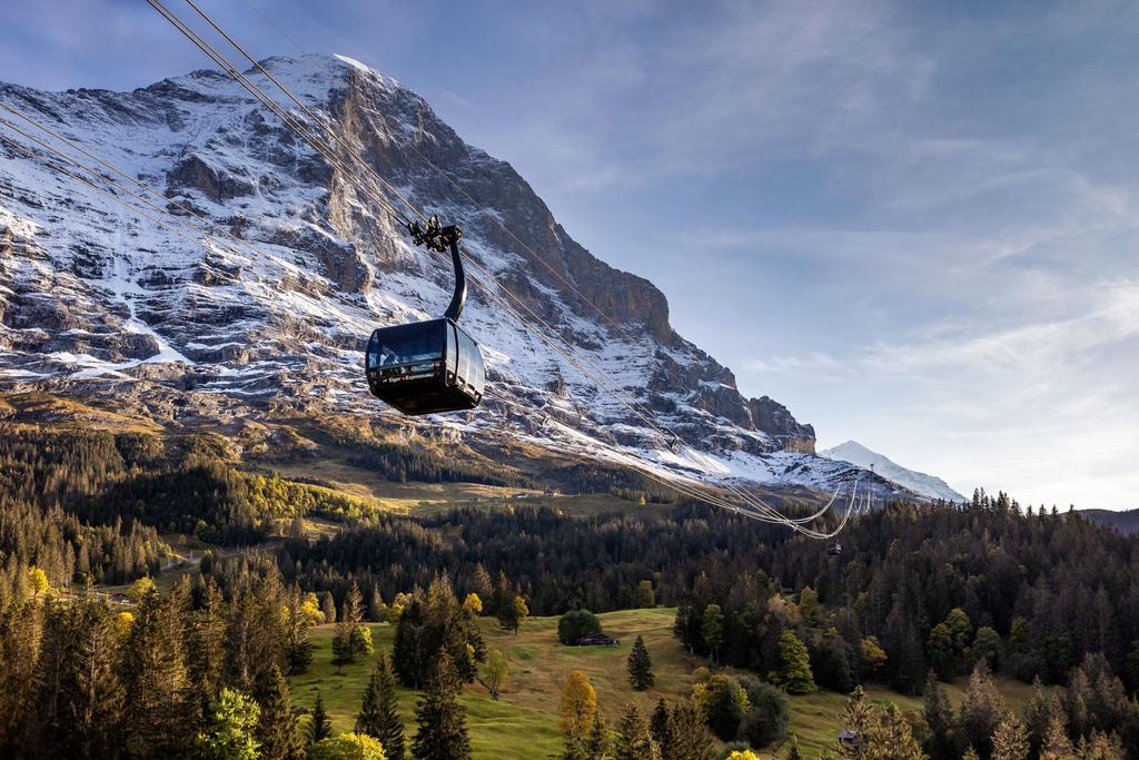 90 Eiger-Express-Grindelwald-Eigernordwand-Weitansicht.jpg