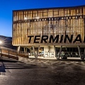 10 Grindelwald-Terminal-Aussenaufnahme-Abend.jpg