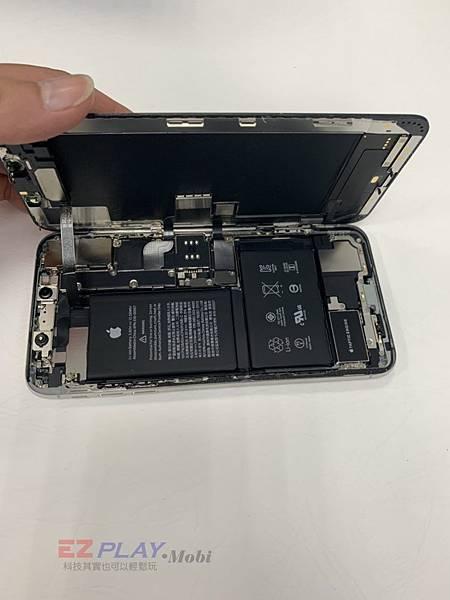 XS-MAX-更換螢幕維修-2-768x1024.jpg