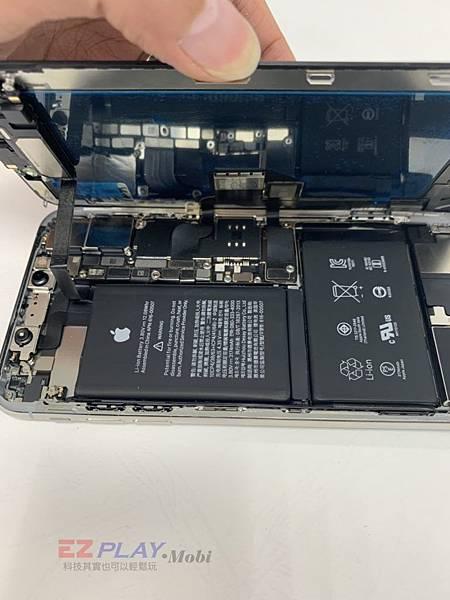 XS-MAX-更換螢幕維修-4-768x1024.jpg