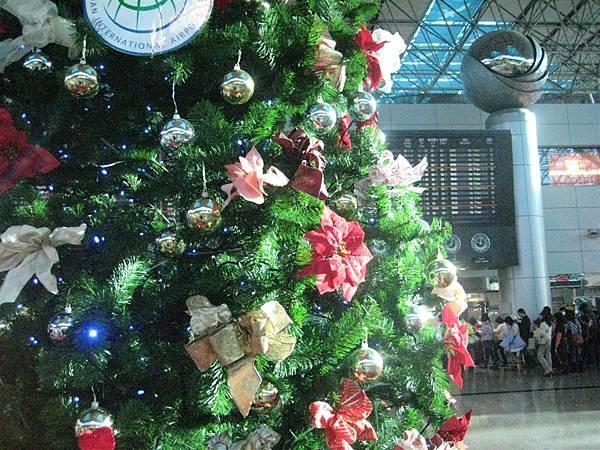 機場的耶誕樹