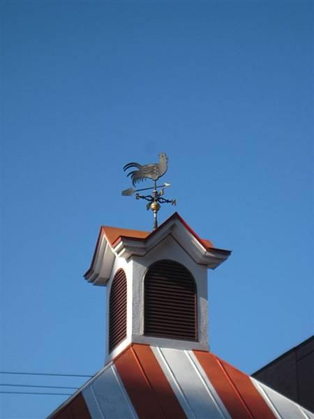 肯的雞屋頂上的風向雞XDD