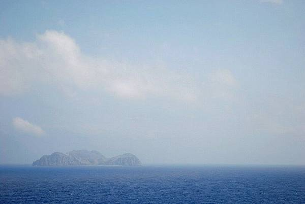 44.雲and島.jpg